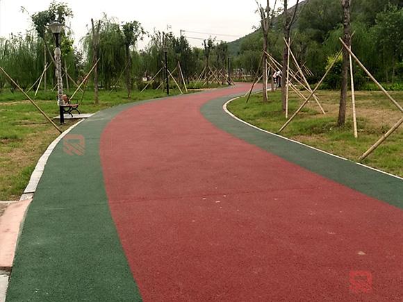 赞皇坛山公园