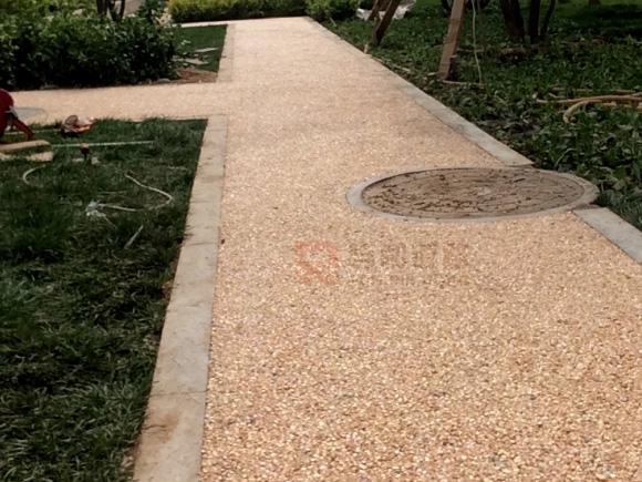 胶粘石地坪